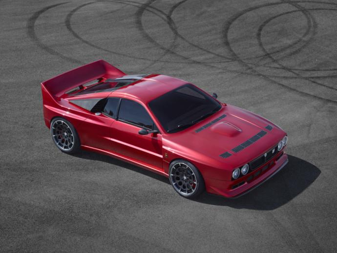 """""""Kimera Automobili"""" vardu pasivadinusi kompanija į viso pasaulio benzingalvių gyvenimą nori įsiveržti su neeiliniu projektu."""