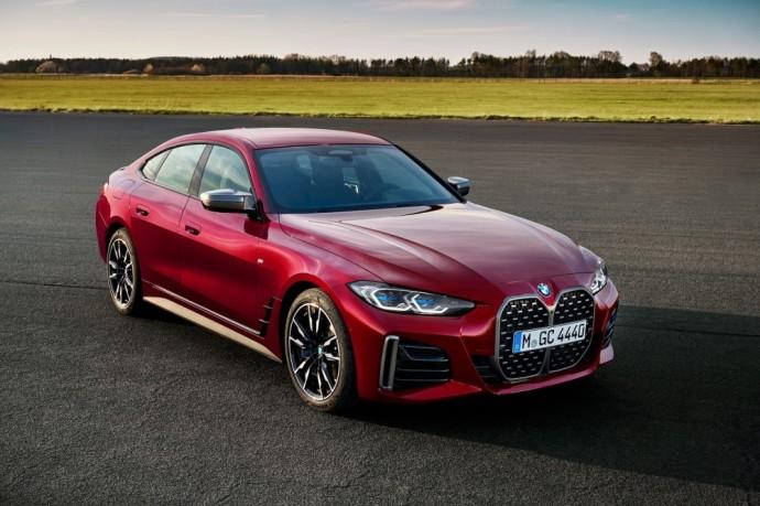 """Antros kartos """"BMW 4 Gran Coupe"""" Lietuvoje pasirodys šių metų rudenį"""