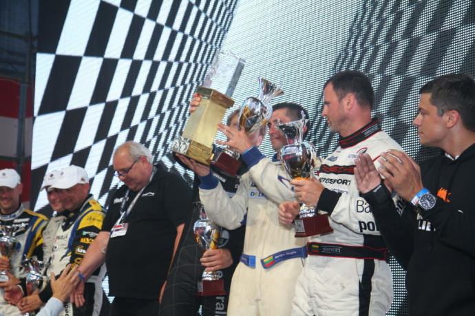 Nerijus Dagilis ilgų nuotolių lenktynėse Palangoje triumfavo du kartus. Tik D. Jocius kol kas dar neįveikė nugalėtojų pakylos aukščiausiojo laiptelio, tačiau Deivydas sėkmingai dalyvavo daugelyje šalies ralio ir žiedinių lenktynių, su WRC bolidu varžėsi ir varžosi pasaulio automobilių ralio čempionate.
