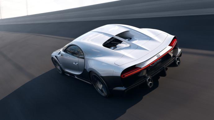 """Šiandien """"Bugatti"""" pristatė pilnavertį """"Super Sport"""" įpėdinį, kuris pratęsia ilgametes bendrovės tradicijas."""