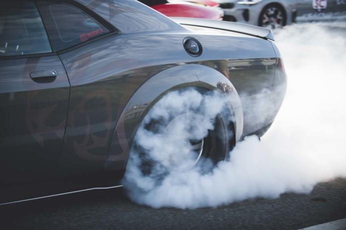 """Į """"Aurum 1006 km"""" traukos lenktynėse – ypatingai galingų automobilių demonstracija"""