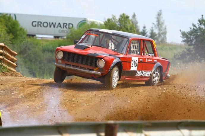 Jau liepos 17-ą dieną startuos šiemet neįprastai vėlai prasidedantis Lietuvos automobilių kroso čempionatas.