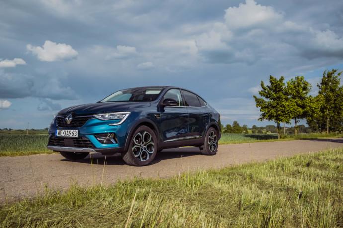 """""""Renault Arkana"""" testas: Tik """"BMW X4"""" kopija ar šis bei tas daugiau?"""