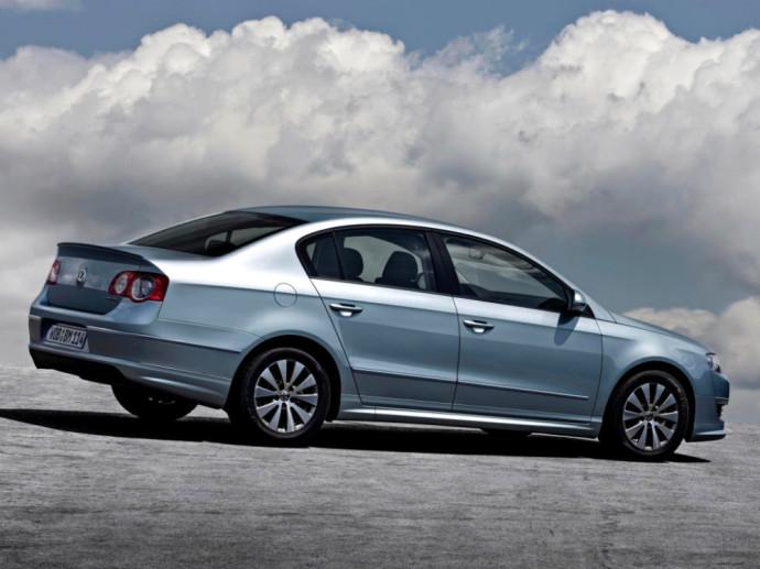 Volkswagen Passat BlueMotion R-Line