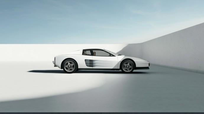 """Šveicarijos įmonė pademonstravo stulbinančiai atrodančią, modernizuotą """"Ferrari Testarossa Monospecchio"""""""